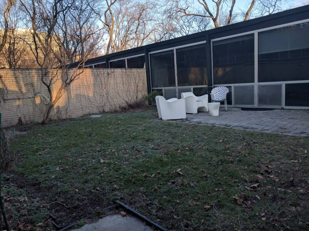 mid century modern courtyard before