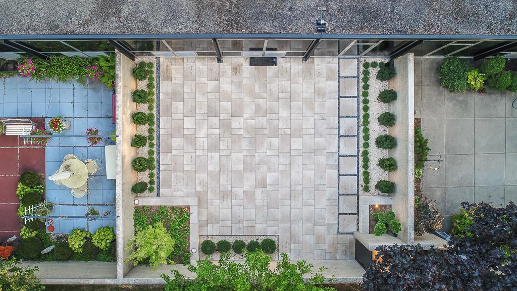 mid century modern courtyard
